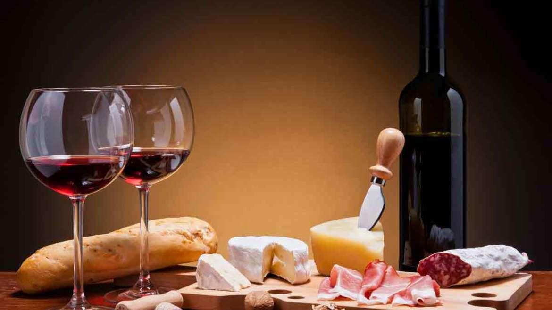 8 зрозумілих порад про поєднання їжі та вина