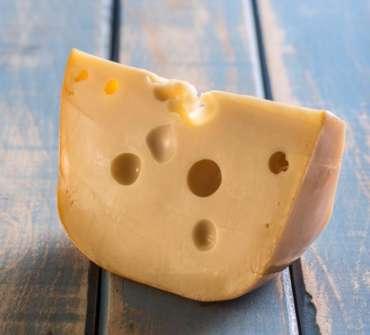 Маасдам Landana – голландський сир із швейцарським смаком